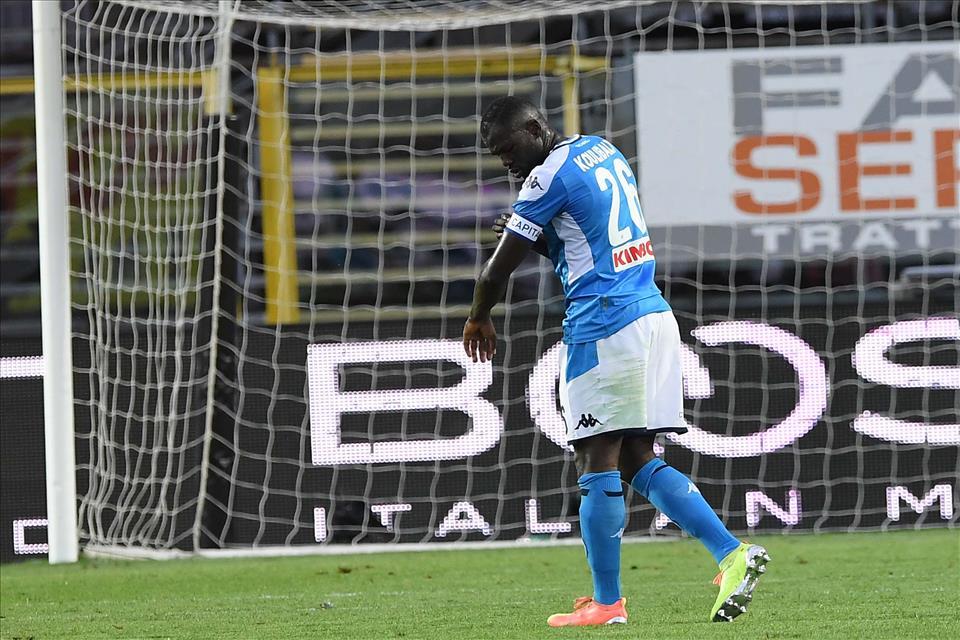 The Sun: il City offre al Napoli Otamendi e Zinchenko in cambio di Koulibaly