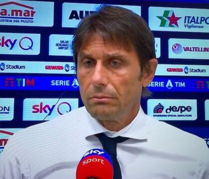 """Conte: """"Pirlo? Vedere diventare allenatori calciatori che allenavo, significa che sto diventando vecchio"""""""