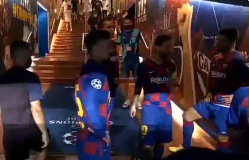 """L'arringa di Messi nell'intervallo: """"Non facciamo gli stronzi, che siamo due gol davanti"""""""