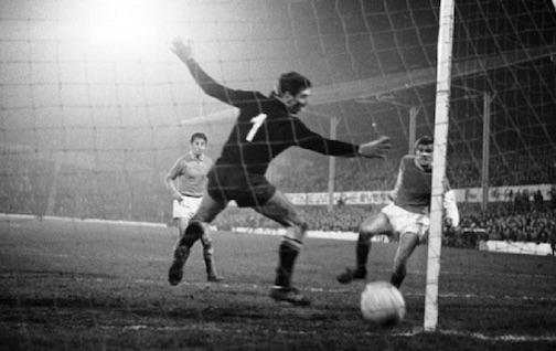 Quando il Napoli di Zoff perse 5-0 in Scozia dagli Hibernian del fratello di Bill Shankly