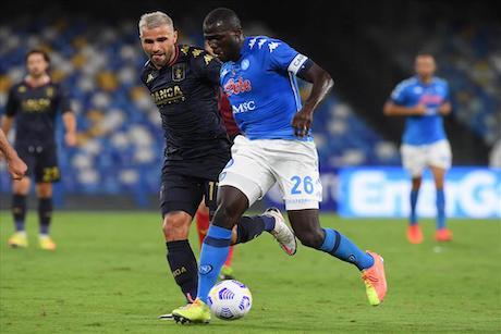 Da irresponsabili far giocare Napoli-Genoa (14 positivi nel Genoa). Il calcio deve solo obbedire