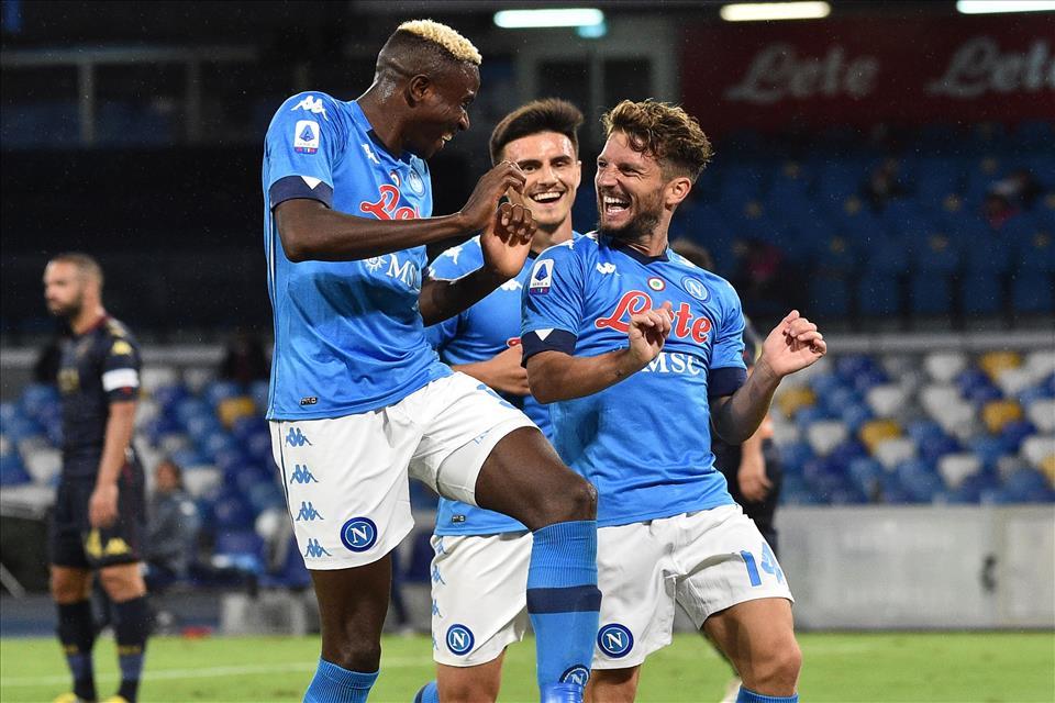 Tutti negativi i tamponi dei calciatori del Napoli