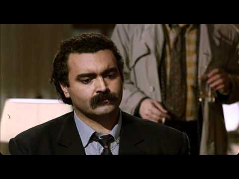"""«Il ruolo di Abatantuono di """"Regalo di Natale"""" era di Lino Banfi ma lui preferì """"il commissario Lo Gatto"""""""