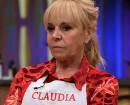«Claudia ha gestito il funerale di Maradona, lei ha fatto allontanare la fidanzata dalla camera ardente»