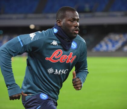 Tuttosport: il Napoli pensa alle cessioni. Milik subito e, a luglio, Koulibaly