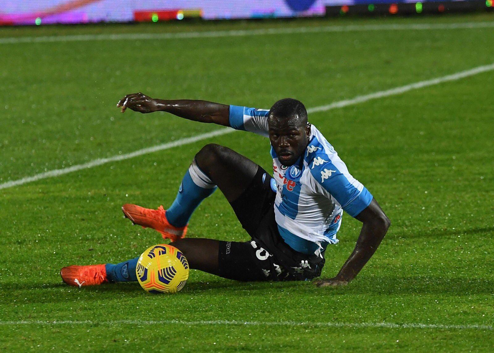 Con Koulibaly il Napoli tiene in campo per la terza volta un giocatore infortunato
