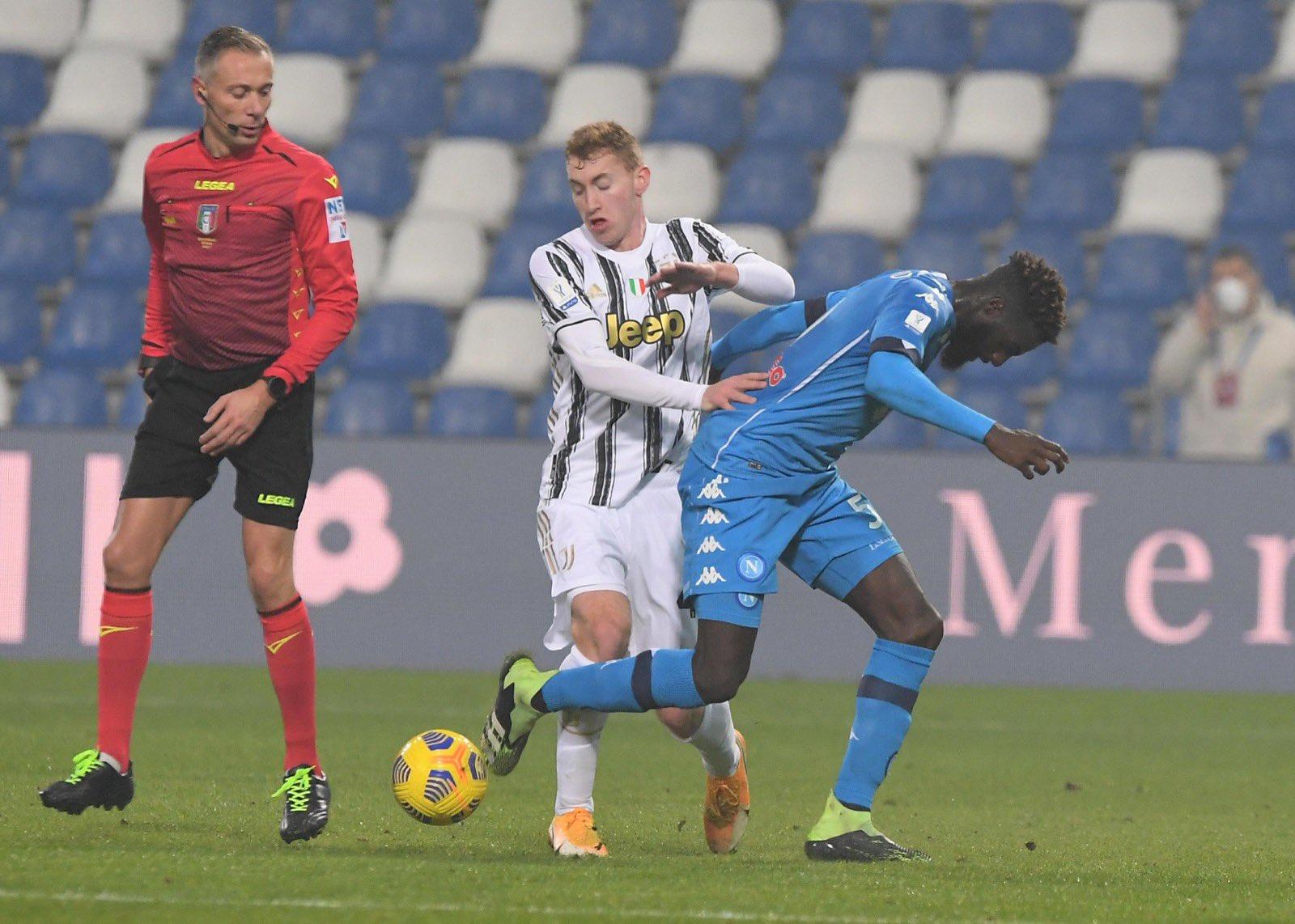 Sampdoria-Napoli sarà diretta dall'arbitro Valeri