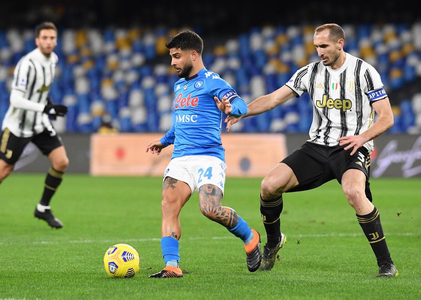 Juventus-Napoli, le formazioni ufficiali: Meret e Rrahmani titolari, Osimhen in panchina