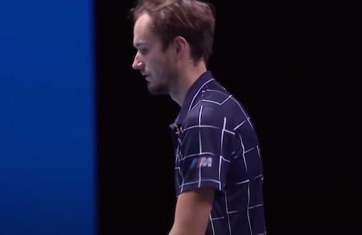 """Medvedev: """"Il Roland Garros ha preferito Amazon al pubblico. Ma dove sono i soldi?"""""""