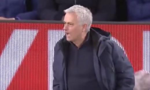 Le prime parole di Mourinho: «Ho capito l'ambizione della società, daje Roma»