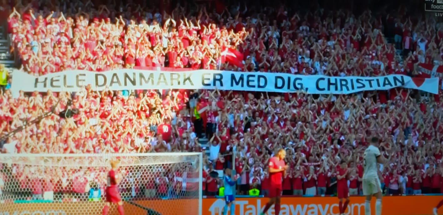 Al decimo minuto di Danimarca-Belgio lo stadio di Copenaghen si ferma per Eriksen