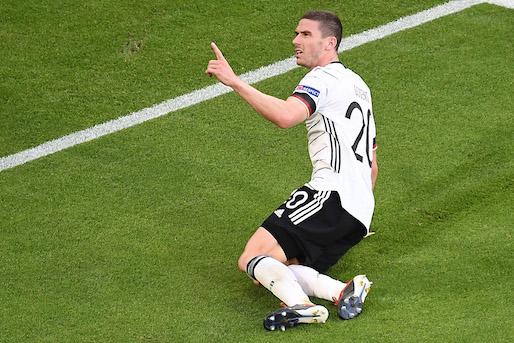 Gosens ha mandato in crisi il progetto del calcio giovanile tedesco