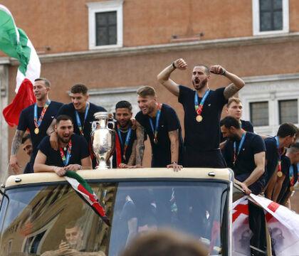 Ma è normale che Salvini abbia portato Durigon all'incontro con Draghi? | VIDEO