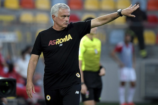 CorSport: la Roma di Mourinho è ancora un'incompiuta, si ritrova senza centrocampo