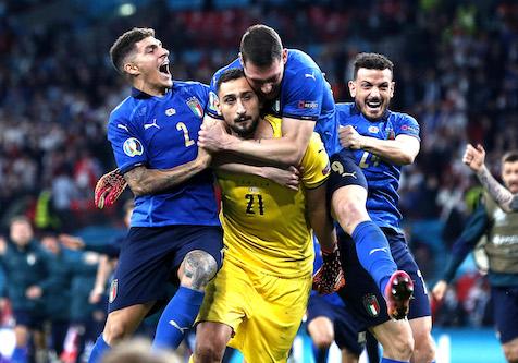 Farrell: «Italiani ipocriti. Criticano gli inglesi per la finale di Euro 2020 ma sono tra i più corrotti d'Europa»