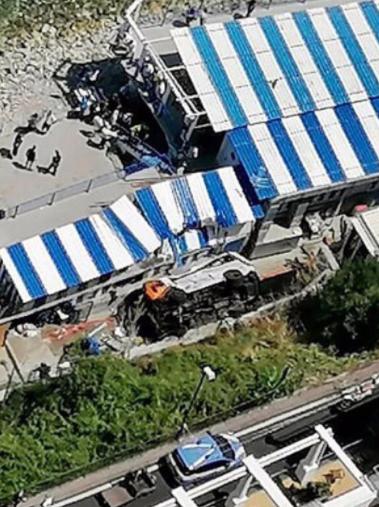L'incidente del minibus a Capri potrebbe essere stato causato da un malore dell'autista