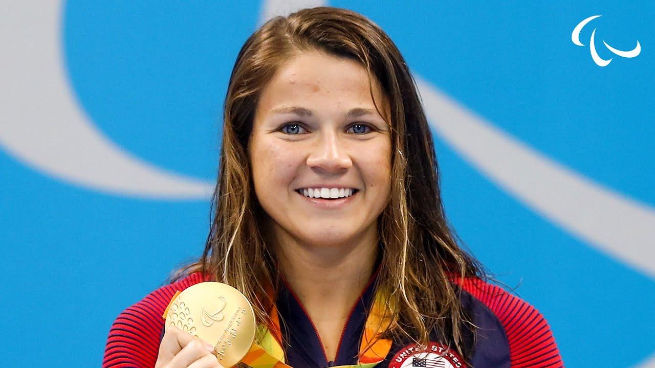 La campionessa Usa rinuncia alle Olimpiadi perché a sua madre è vietato accompagnarla
