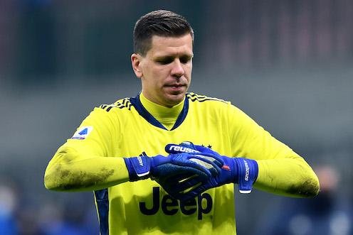 Tensione Juve, lite Szczesny e Rabiot per il gol del Milan. Perciò Allegri in ritardo in tv