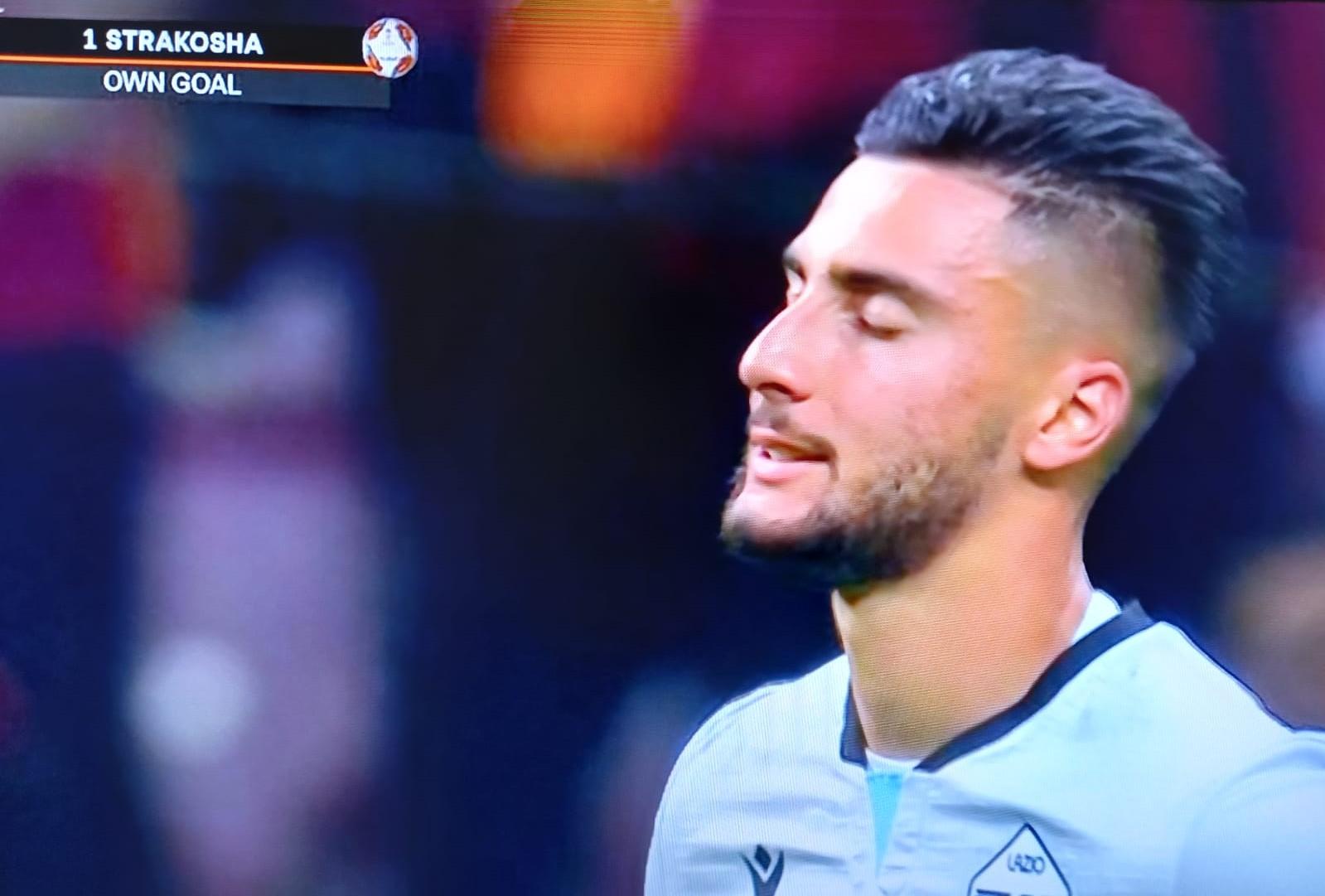 Galatasaray-Lazio, clamoroso autogol di Strakosha – VIDEO