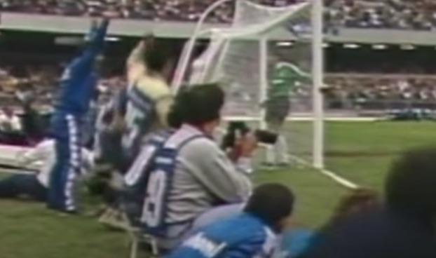 La lezione di quel fotografo che rimase impietrito di fronte alla bellezza del gol di Maradona
