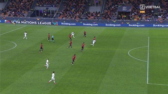 Fa discutere il gol concesso a Mbappé: era fuorigioco ma c'è l'intervento di Eric Garcia