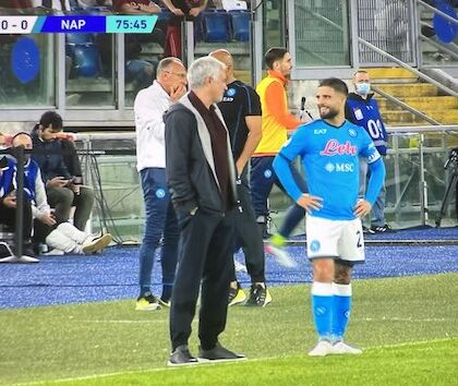 Mourinho: «Insigne è molto divertente, ma si lamenta sempre con l'arbitro»